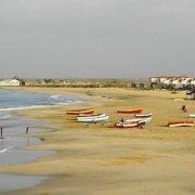 Bitxe Rotxa beach, Maio